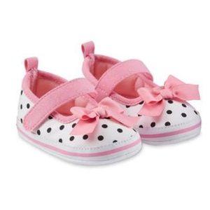 NWT Polka Dot Shoe